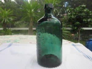 Prize Bottle 004